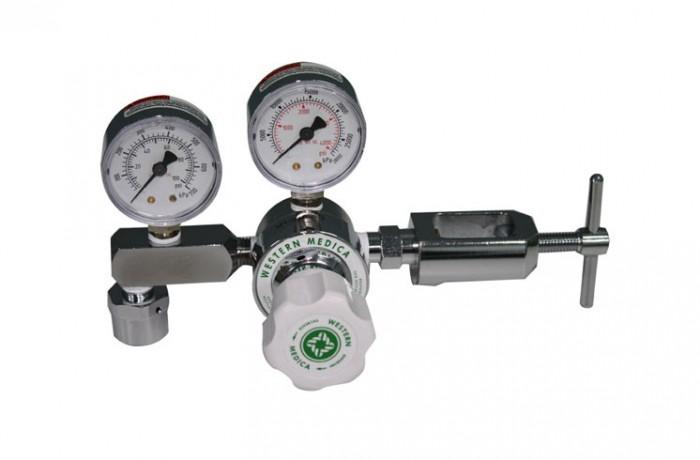 Oxygen Regulator Adjustable from 100 to 700 KPA